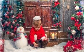 Картинка снеговик, девочка, подарки, снег, дети, пальто, игрушки, елка, свеча, новый год, фонарь, бантик