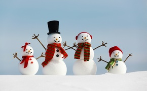 Картинка зима, снег, праздник, семья, снеговик, Happy New Year, winter, snow, Merry Christmas, holiday, snowman, family, …