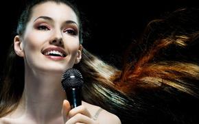 Картинка девушка, волосы, макияж, микрофон