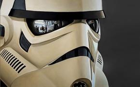 Обои star wars, отражение, шлем, штурмовик, trooper, повстанцы