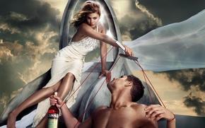 Картинка небо, девушка, бутылка, платье, актриса, Eva Mendes, парень, Ева Мендес