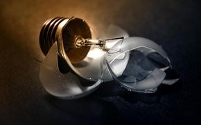 Картинка лампочка, осколки, цоколь