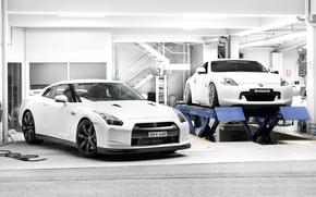Картинка 370z, два, гараж, белый, ниссан, Nissan, тюнинг, подъёмник, gt-r