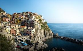 Картинка море, пейзаж, скалы, побережье, здания, Италия, Italy, Лигурийское море, Manarola, Манарола, Cinque Terre, Чинкве-Терре, Ligurian …