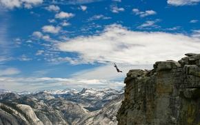 Обои человек, ситуации, горы, прыжок, парень