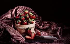 Картинка ягоды, клубника, нож