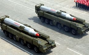 """Картинка парад, два, комплекса, средней, дальности, КНДР, баллистических, """"Musudan"""", BM-25, Пхеньян, ракет"""