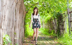 Картинка kawaii, metal, girl, flower, long hair, dress, trees, brown hair, beautiful, model, street, fence, asian, ...