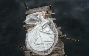 Картинка девушка, мост, озеро