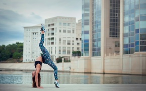 Картинка грация, растяжка, гимнастка, Melanie Coer