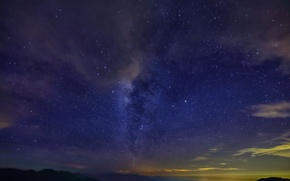 Картинка ночь, горы, даль, млечный путь, звезды, облака