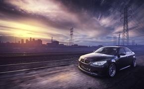 Картинка рельсы, BMW, ЛЭП, black, front, E60