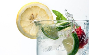 Обои лимон, фрукты, стакан, напиток, коктейль, лёд