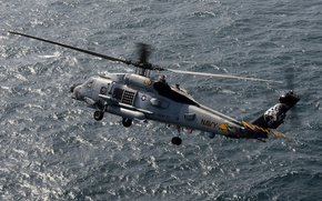 Картинка море, вертолёт, многоцелевой, UH-60, Black Hawk, «Чёрный ястреб»