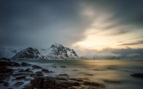 Картинка зима, море, камни, скалы, побережье, Норвегия, посёлок, Lofoten