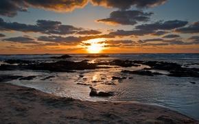 Обои закат, море, волны, берег, камни, небо