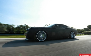 Картинка дорога, асфальт, Dodge, SRT8, Challenger, CVT, Vossen, Wheels