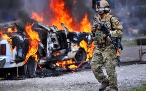 Обои снаряжение, солдат, Машина, винтовка, дорога, огонь