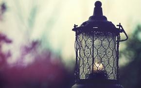 Картинка небо, капли, свет, дождь, пасмурно, настроение, свеча, фонарь, силуэты