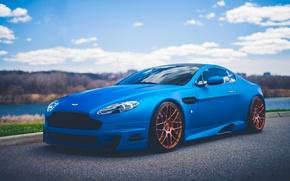 Обои aston, martin, vantage, v12, blue, sport, car, stancenation, road