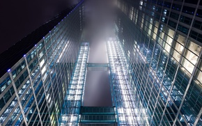 Картинка стекло, облака, свет, огни, здание, вид, окна, небоскреб, Германия, дымка, Франкфурт