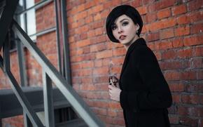 Картинка взгляд, девушка, лицо, стена, милая, портрет, брюнетка, прическа, лестница, black, пальто, beautiful, Alice, beauty, Ivan …