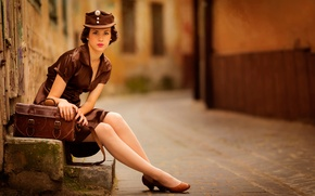 Обои девушка, город, улица, uniform, Girl in brown