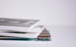Картинка стопка, журналы, macbook, толщина