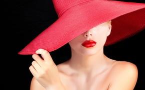 Картинка девушка, лицо, модель, помада, губы, черный фон, плечи, шея, красная шляпа