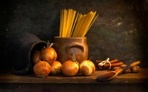 Картинка лук, кувшин, орехи, спагетти