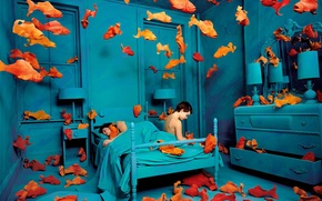 Обои рыбы, Sandy Skoglund, синяя комната, навязчивые идеи