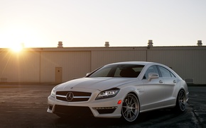 Картинка белый, солнце, закат, Mercedes-Benz, white, блик, AMG, передняя часть, мерседес бенц, CLS-Klasse, C218, CLS 63