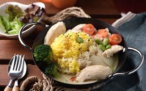 Картинка мясо, рис, овощи, помидор, брокколи, бобы