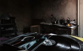 Картинка комната, пластинки, винил