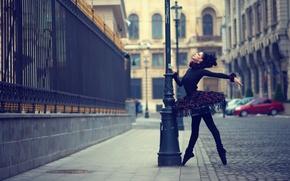 Обои город, танец, балерина, Urban Swan Black