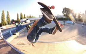 Картинка парк, люди, джинсы, колеса, скейтбординг, улицы, скейтборд, солнечного света, экстремальный спорт