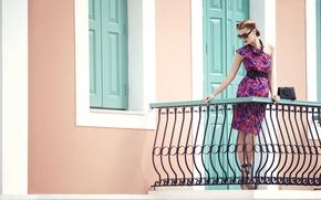 Картинка девушка, платье, очки