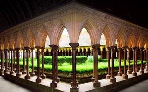 Обои аббатство, монастырь, Франция, Мон-Сен-Мишель, сад, двор, Нормандия
