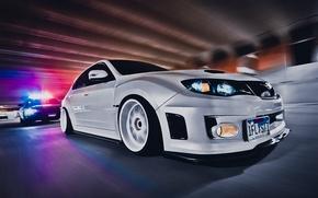 Картинка wallpapers, speed, white, car, style, субару, обоя, белая, погоня, скорость, sexy, tuning, автомобиль, cops, wrxSti, ...