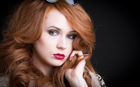 Картинка взгляд, девушка, лицо, актриса, очки, красавица, сериал, рыжие волосы, рыжеволосая, красные губы, Карен Гиллан, Karen …