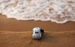 Картинка песок, машина, обрыв, прибой, боке