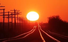 Картинка Закат, Солнце, Небо, Деревья, Столбы, Железная дорога, Рельсы