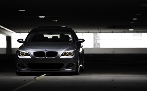 Обои фото, стоянка, City, wallpaper, cars, auto, photography, остановка, тёмный фон, обои бмв, 530i, Bmw e60, ...