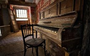 Картинка комната, окно, стул, пианино