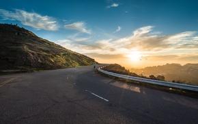 Картинка дорога, солнце, рассвет, гора, утро, бег, спортсмен, бегун, пробежка