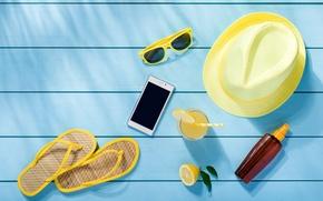 Картинка пляж, лето, отдых, шляпа, очки, summer, beach, каникулы, сланцы, vacation, accessories