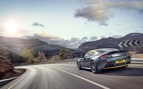 Картинка Aston Martin, Vantage, Скорость, Поворот, Car, Speed, Астон Мартин, N430