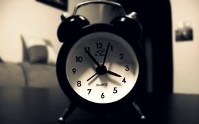 Картинка Фото, Часы, Стол, Утро, Ч/Б, Будильник