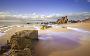 Картинка песок, море, пляж, небо, облака, скалы, весна, Апрель, Испания, Астурия