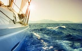 Картинка море, волны, небо, пена, вода, брызги, фон, настроение, океан, ветер, обои, лодка, пейзажи, корабль, ситуация, ...